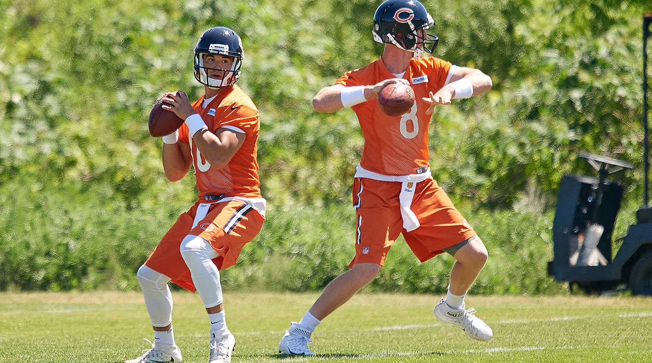 9ed5a91b36e The Bears' two new quarterbacks, Mitchell Trubisky (10) and Mike Glennon,