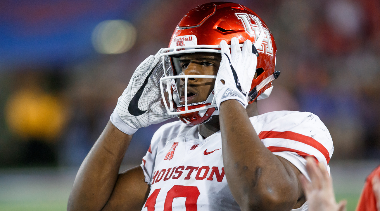 Oliver wasted no time asserting his dominance as a five-star freshman, tearing up the AAC to the tune of 23 tackles for loss (second in the nation) and nine pass breakups (the most among defensive linemen). Head coach Tom Herman may be gone, but Oliver still has a statement to make about the relevance and relative power of the Group of Five conferences.