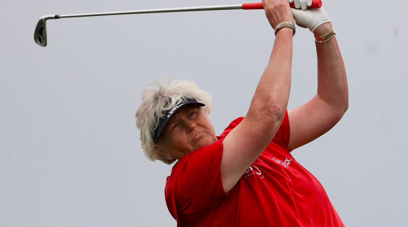 Laura Davies tees off on the fifth hole during the second round of the ShopRite LPGA Classic on June 3, 2017.