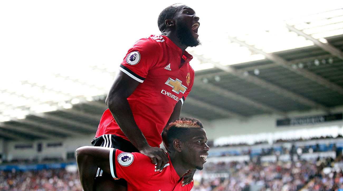 Premier League Week Two: United Looks Unstoppable, Chicharito's brace not enough