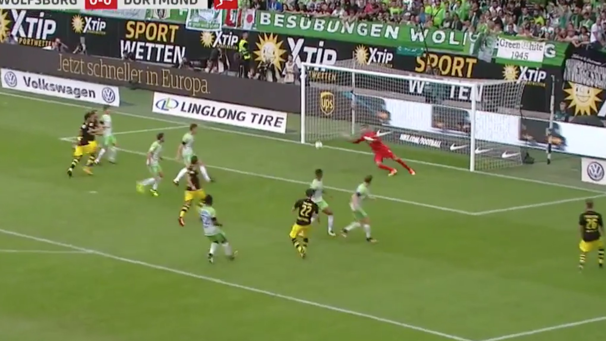 WATCH: Christian Pulisic Scores Beauty in Borussia Dortmund's Bundesliga Opener