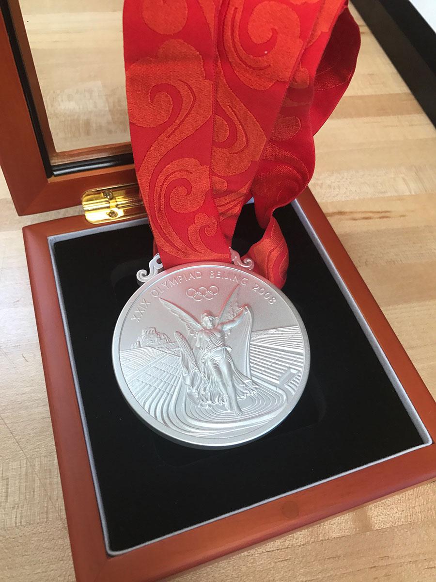 shalane flanagan olympic silver medal