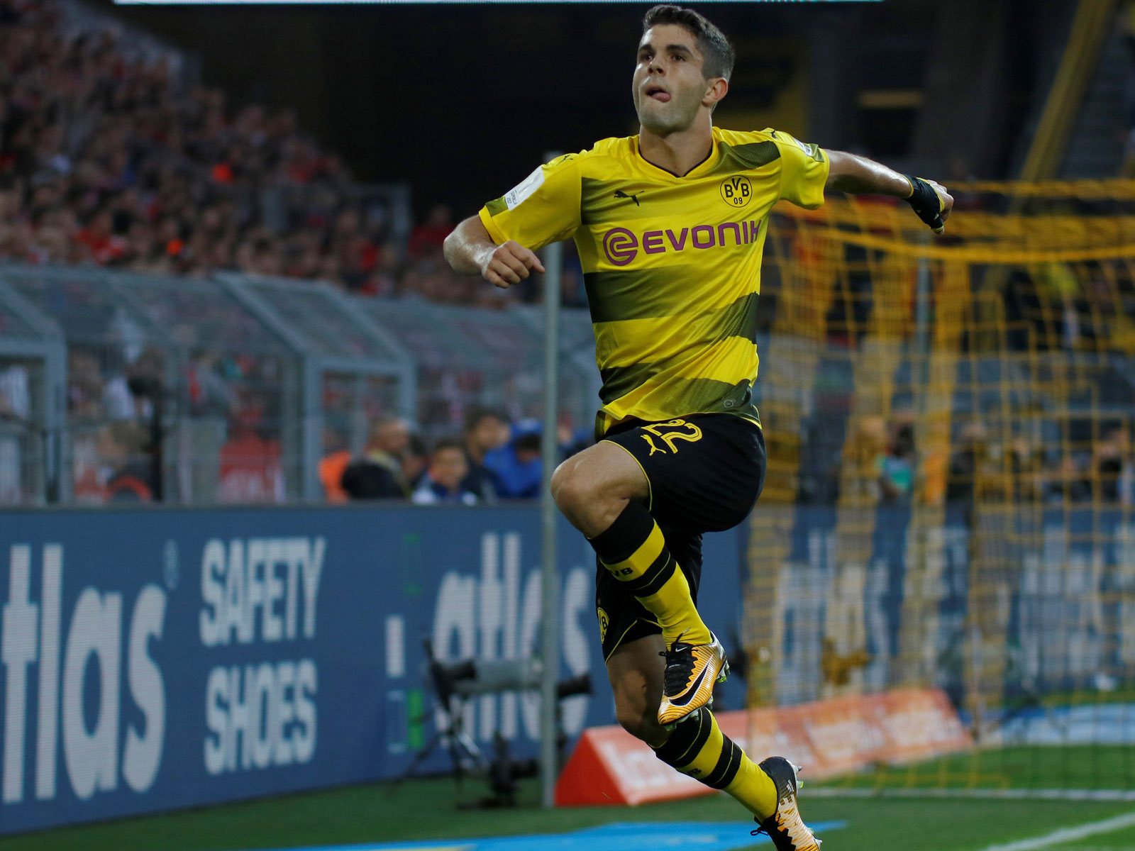 Christian Pulisic is off to a bright start during Borussia Dortmund's season