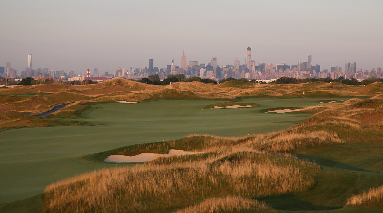 The 15th hole at Trump Golf Links at Ferry Point in the Bronx.