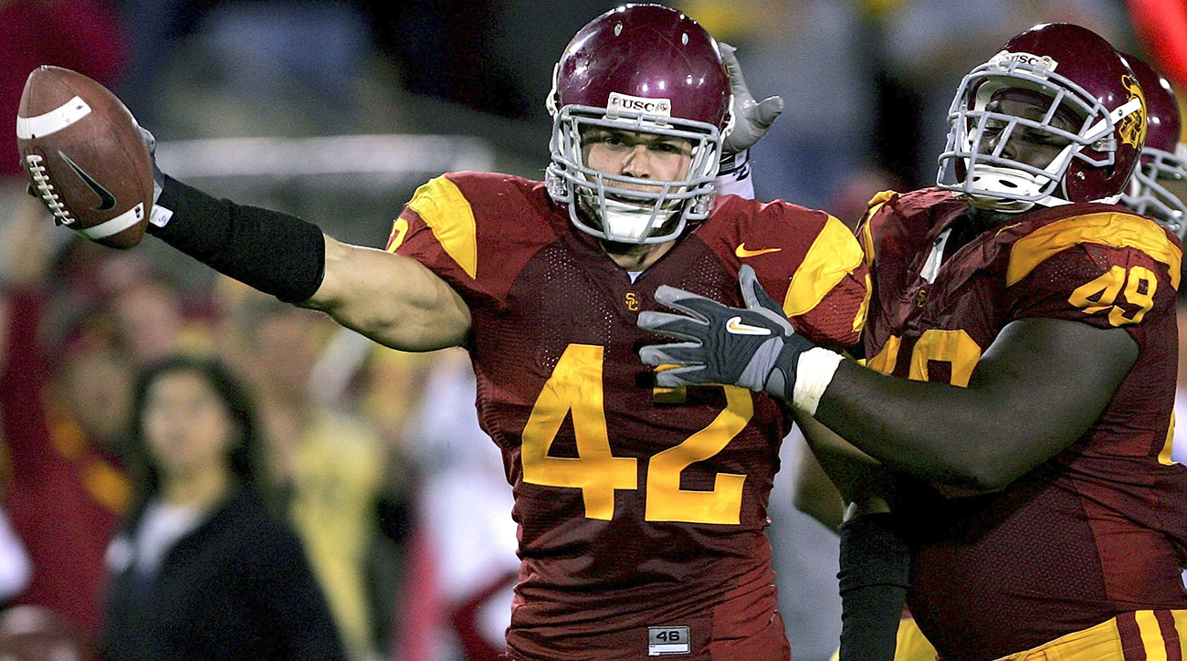 Sartz was a captain for USC in his junior and senior seasons before he was selected by the Redskins in the fifth round in 2007. Despite that strong leadership pedigree, Sartz never appeared in an NFL regular-season game.