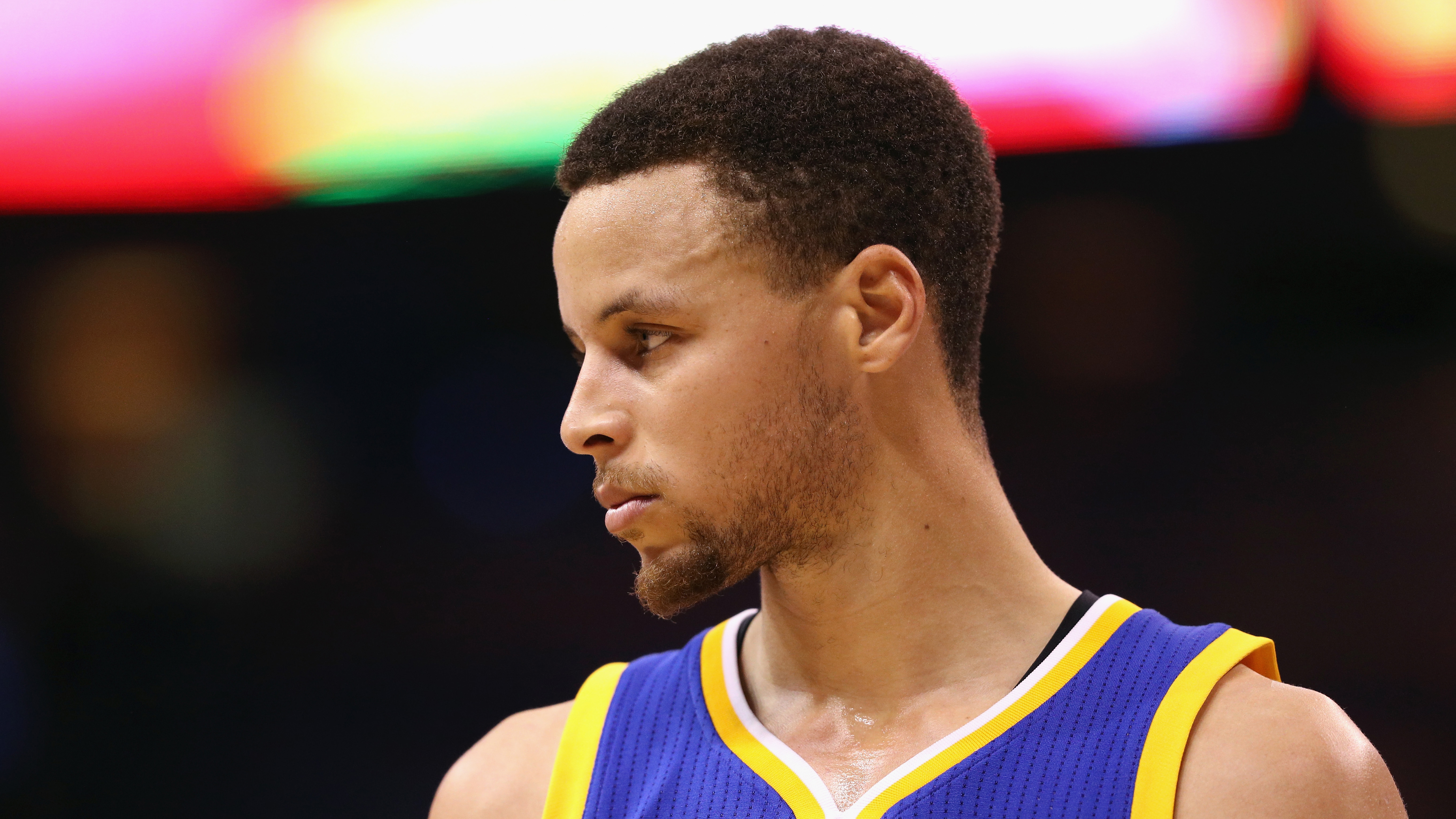 Stephen Curry Says He'll Vote No on Warriors' Potential White House Trip