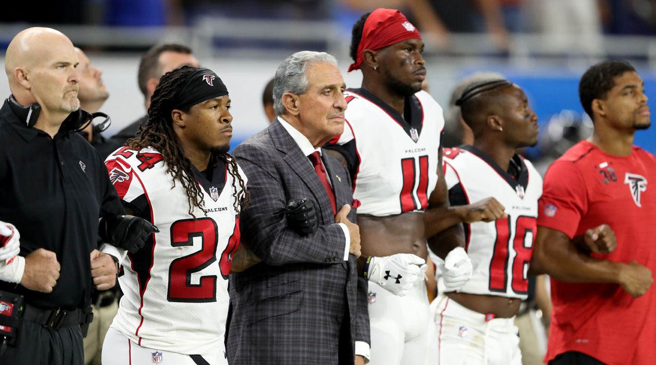 In Week 4, the Falcons will encourage their fans to mimic the locked-arms look the team showed last Sunday during the national anthem.