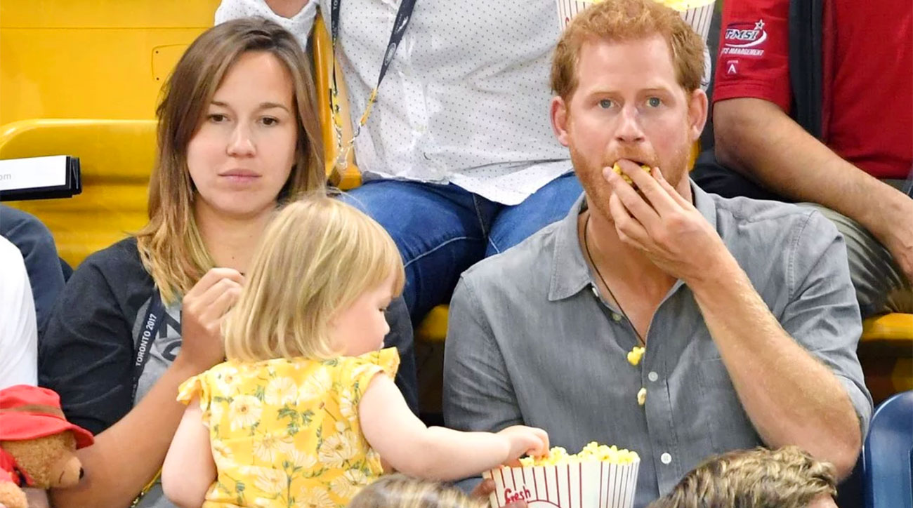 Prince Harry's popcorn gets stolen by a toddler at Invictus Games
