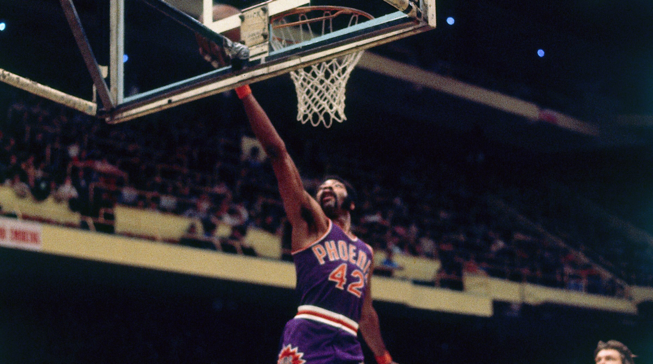 Phoenix Suns legend, Hall of Famer Connie Hawkins dies at age 75