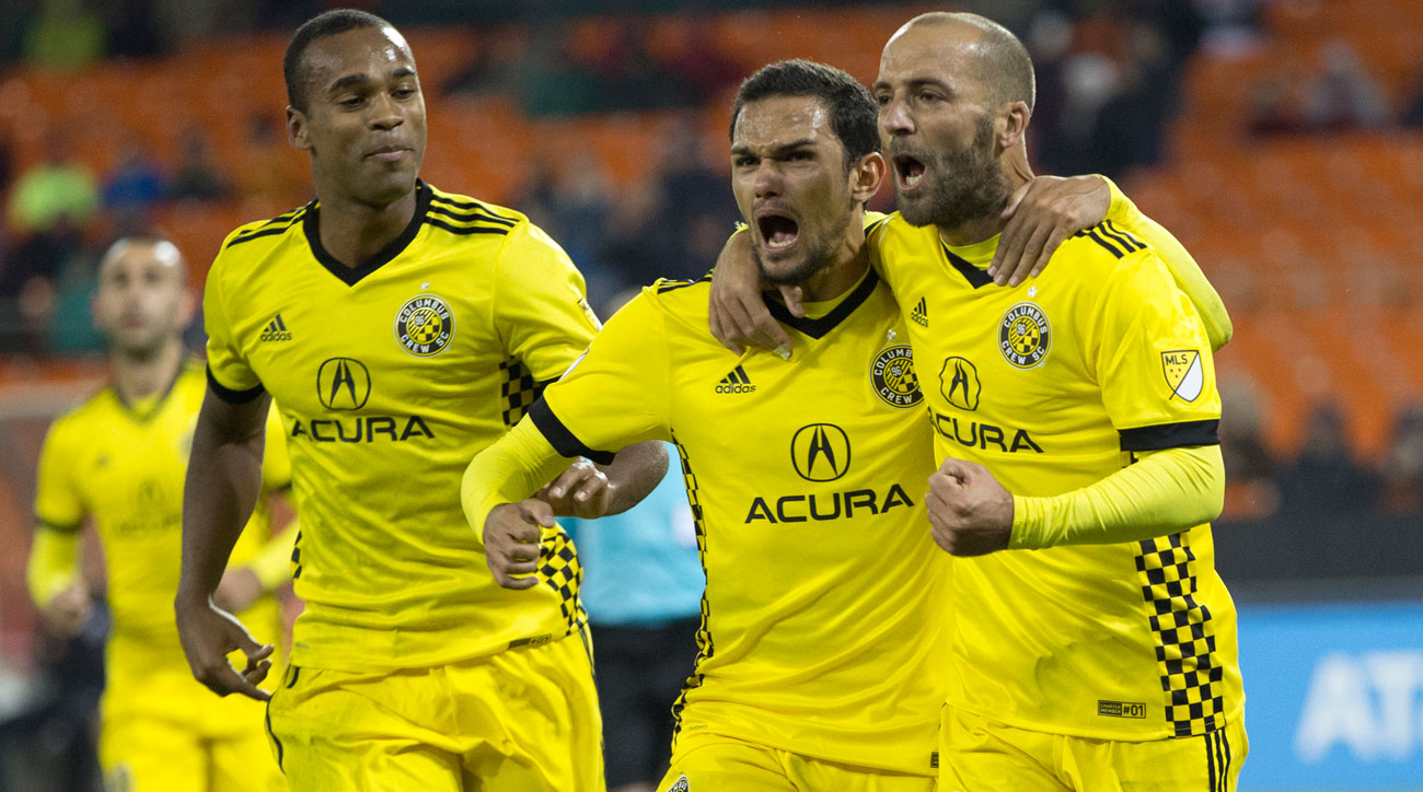 Crew Pounce After Red Card, Put NYCFC in Corner in Playoff First Leg