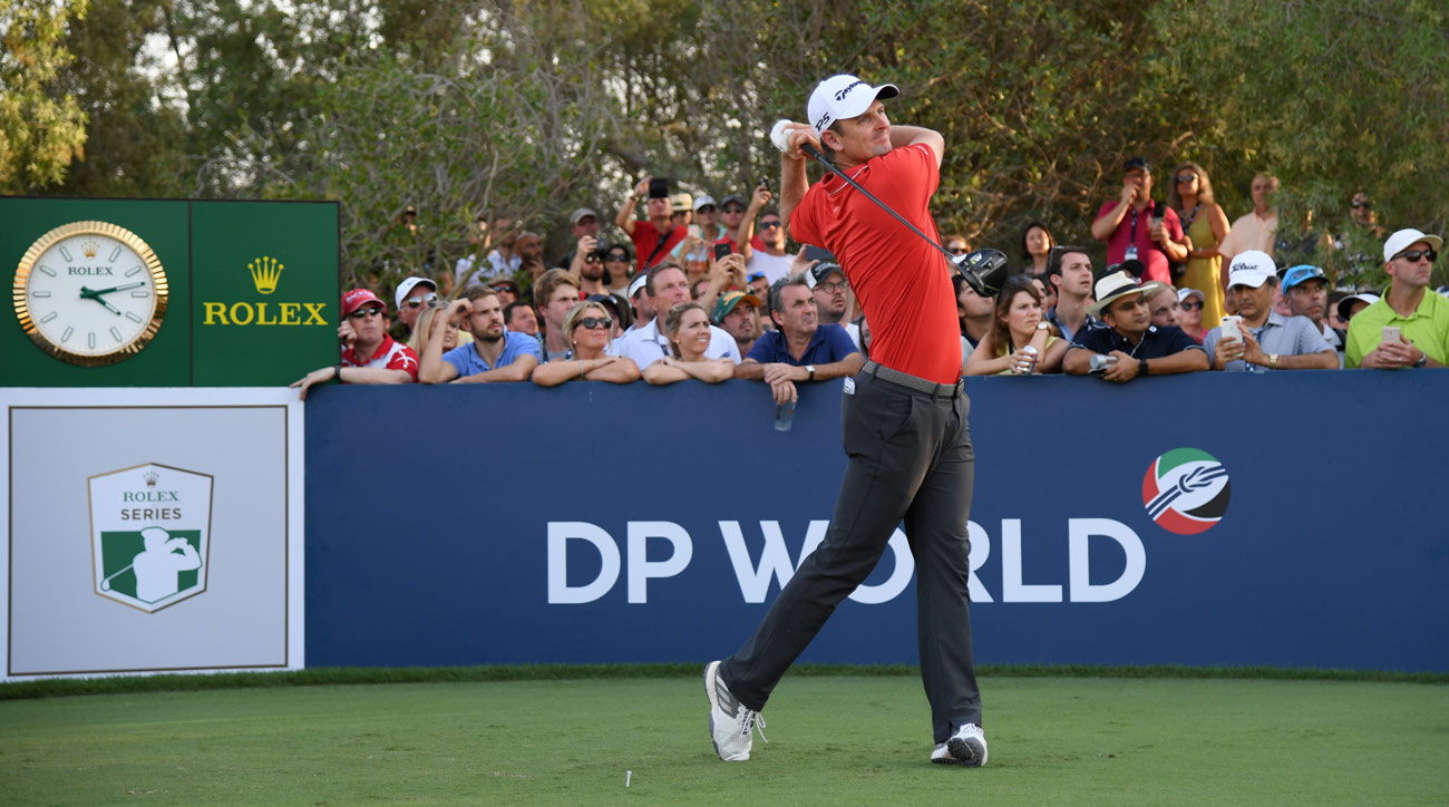 Justin Rose tees off on the 18th hole during the third round of the DP World Tour Championship.