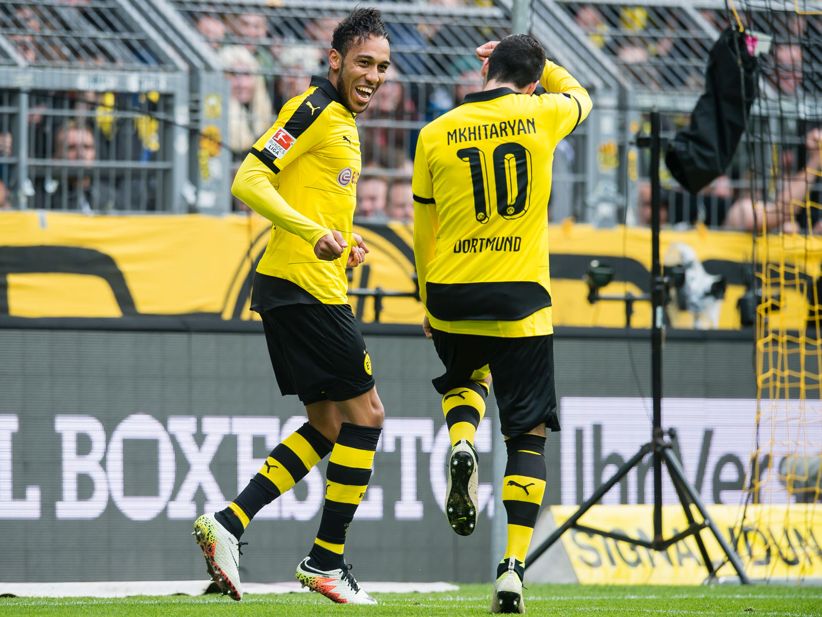 Pierre-Emerick Aubameyang and Henrikh Mkhitaryan are reunited at Arsenal
