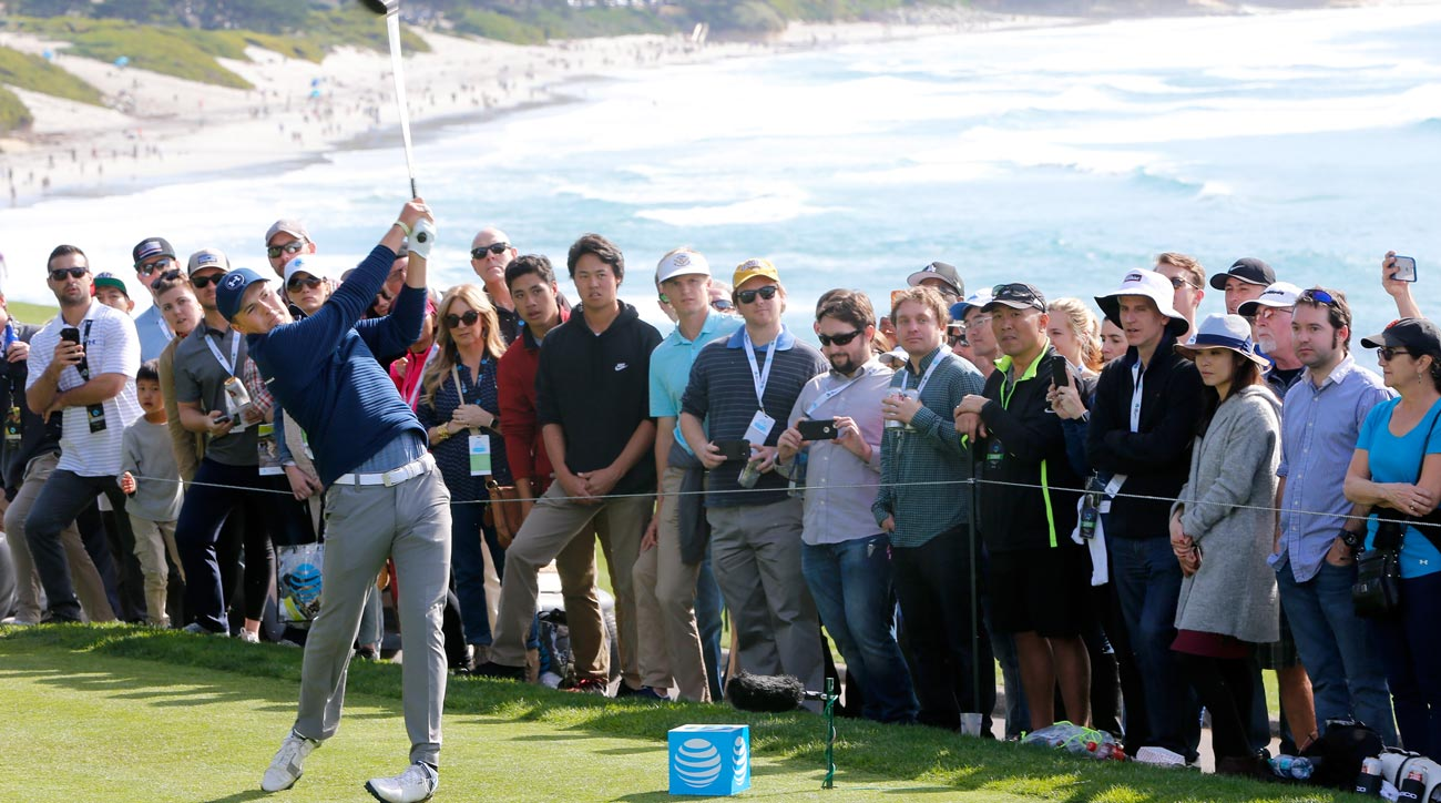 Jordan Spieth hits his tee shot on the 14th hole during the final round of the 2017 AT&T Pebble Beach Pro-Am.