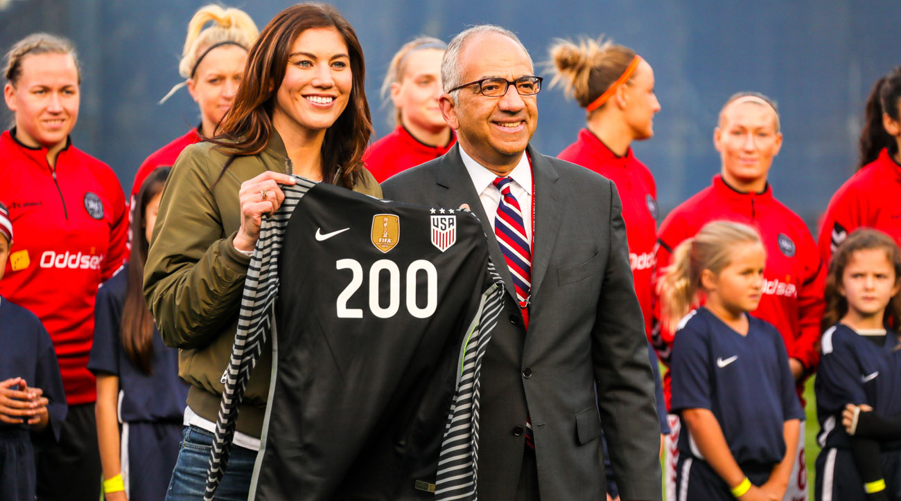 Hope Solo had harsh words for Carlos Cordeiro and Kathy Carter at her U.S. Soccer election speech