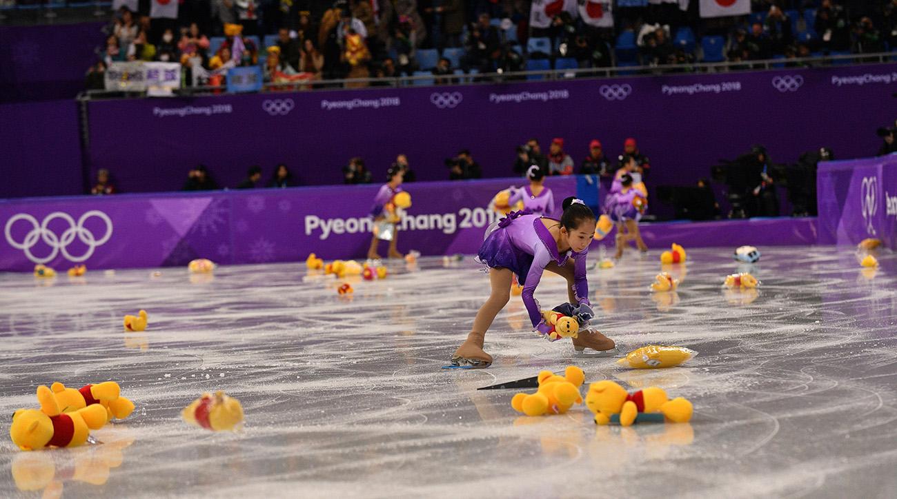 PyeongChang Olympics: Hanyu puts Japan in first place