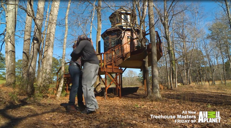 Shaq loves new treehouse