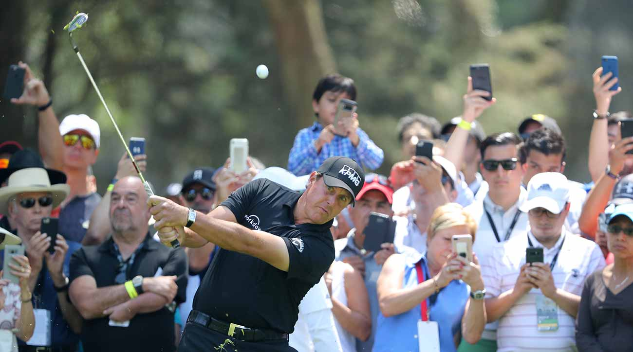 Phil Mickelson is a winner on the PGA Tour once again.