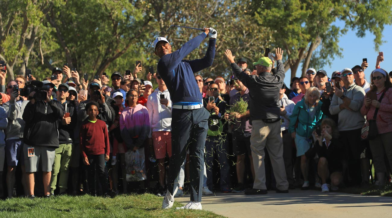 tiger woods fires 68 in first round of arnold palmer