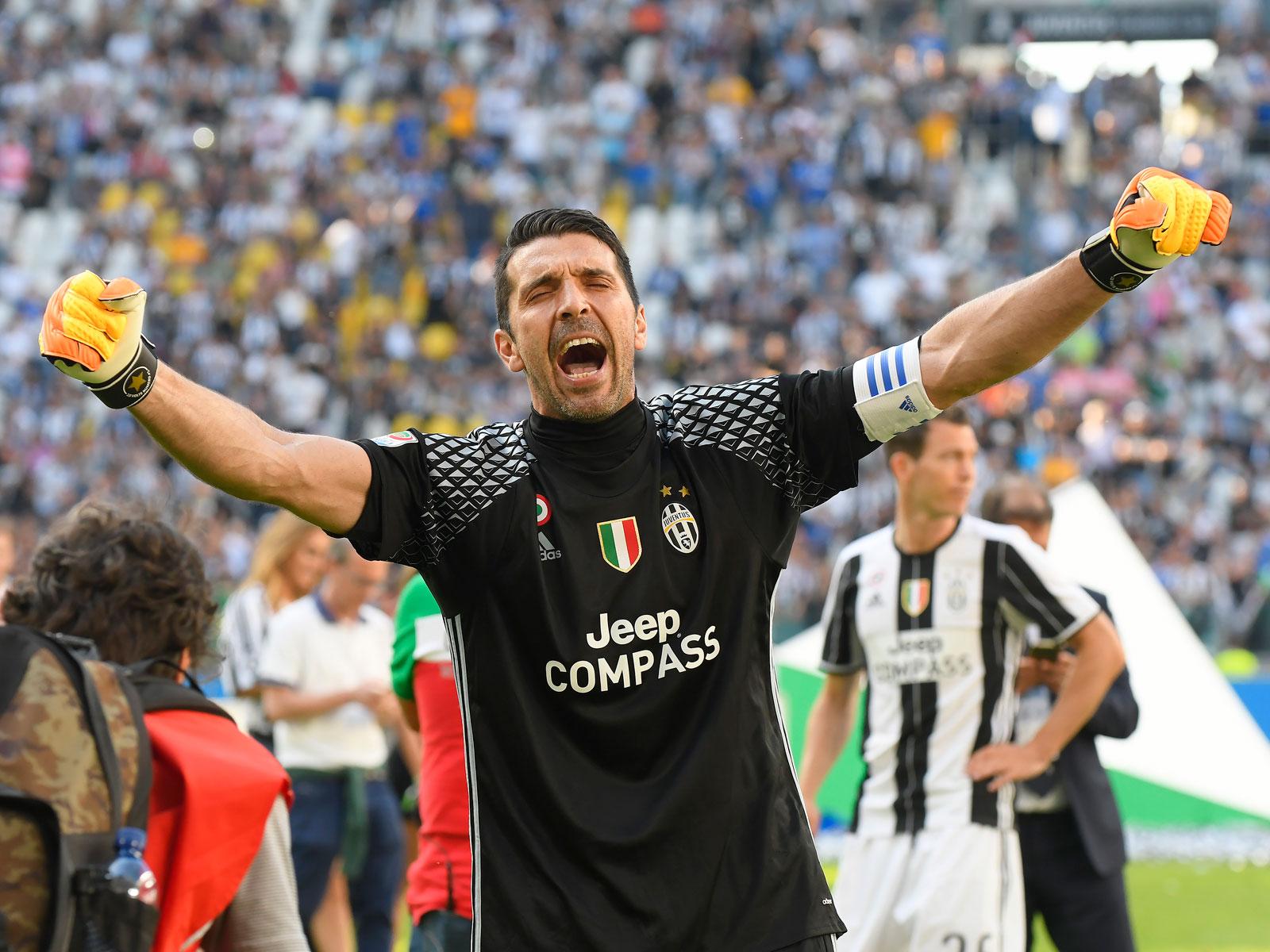 Gianluigi Buffon  Juventus legend has door open for final chapter ... 21c1736bfa791