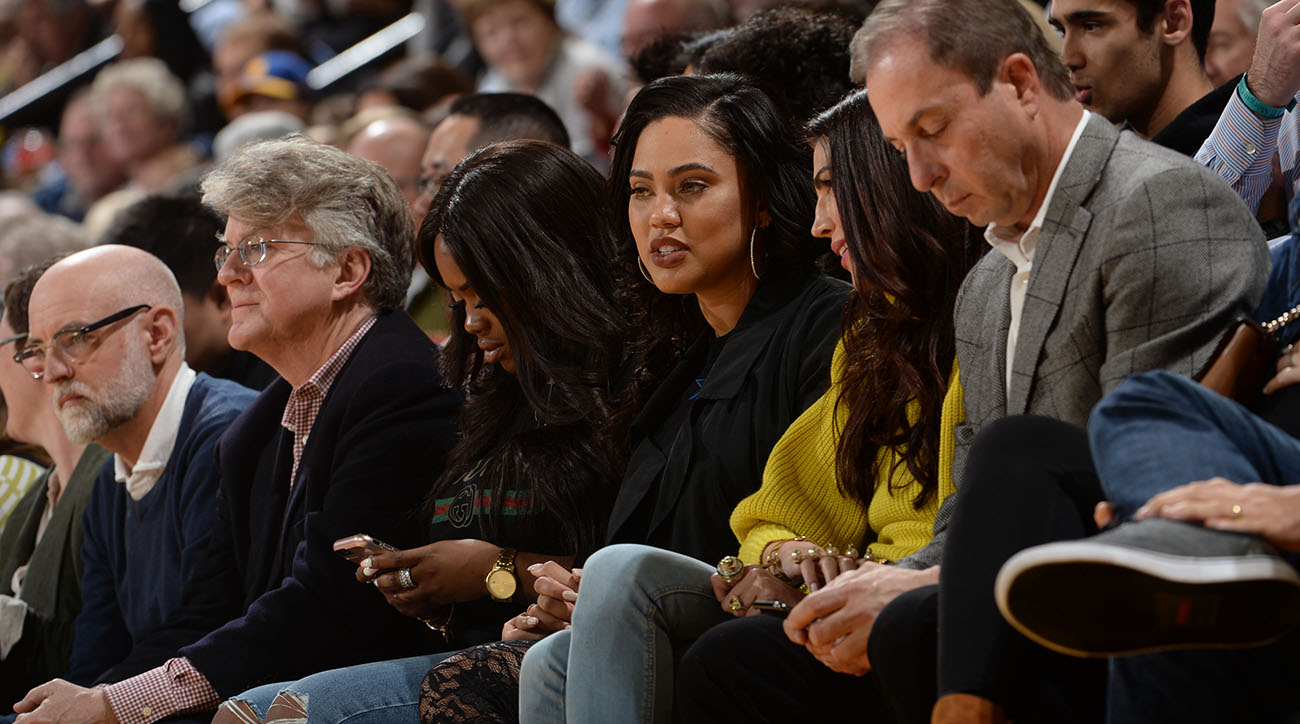 Ayesha Curry bumped into by Rockets fan