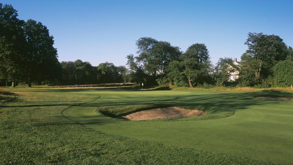 The third hole at Garden City Golf Club.