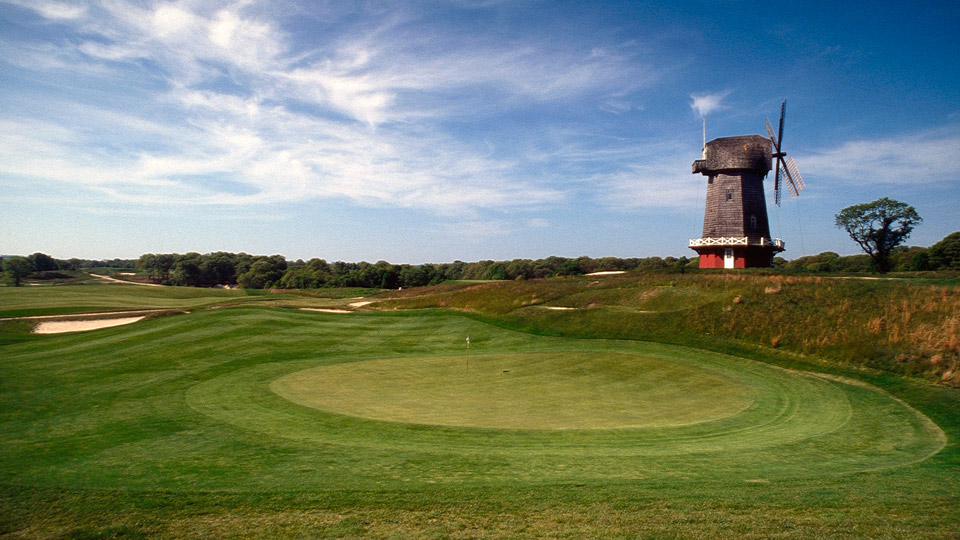 The famous 16th green at National Golf Links of America.