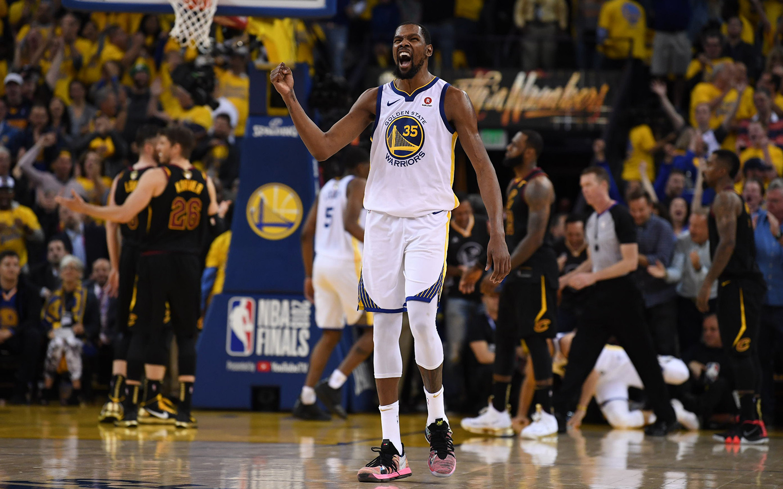 fad65cc4bd5a Kevin Durant  The Dagger That Foreshadowed Warriors  Broom