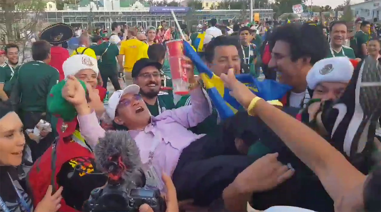 mexico fans celebrate south korea win germany