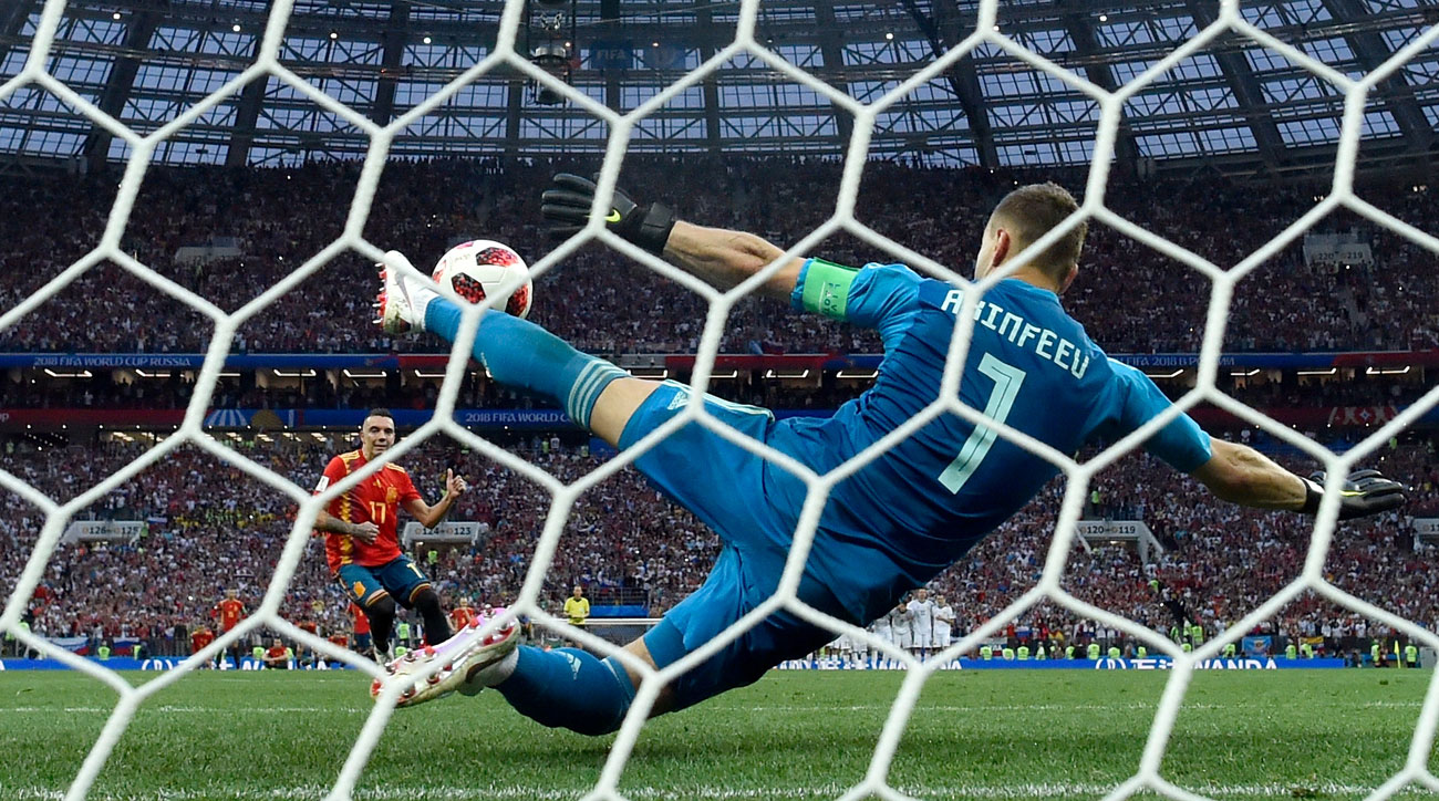 Igor Akinfeev makes the decisive save to lift Russia over Spain in the World Cup