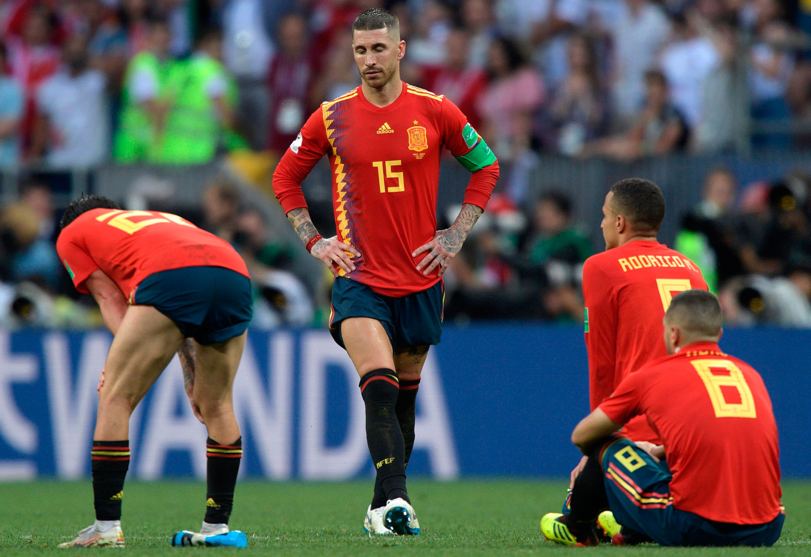 Spain loses to Russia in penalty kicks in the World Cup round of 16