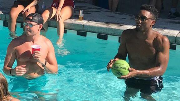 Donovan Mitchell: Jazz G crashes Fourth of July party (photo)