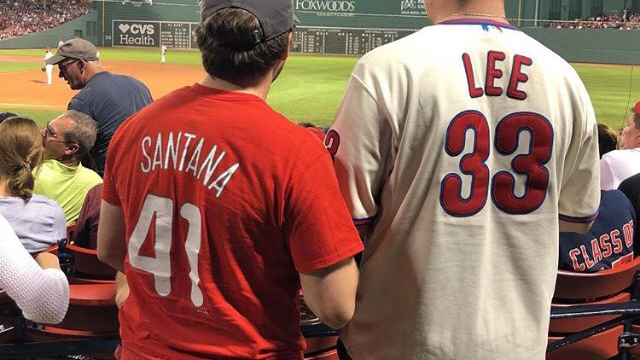 Video: Phillies fans' Eagles chant at Fenway