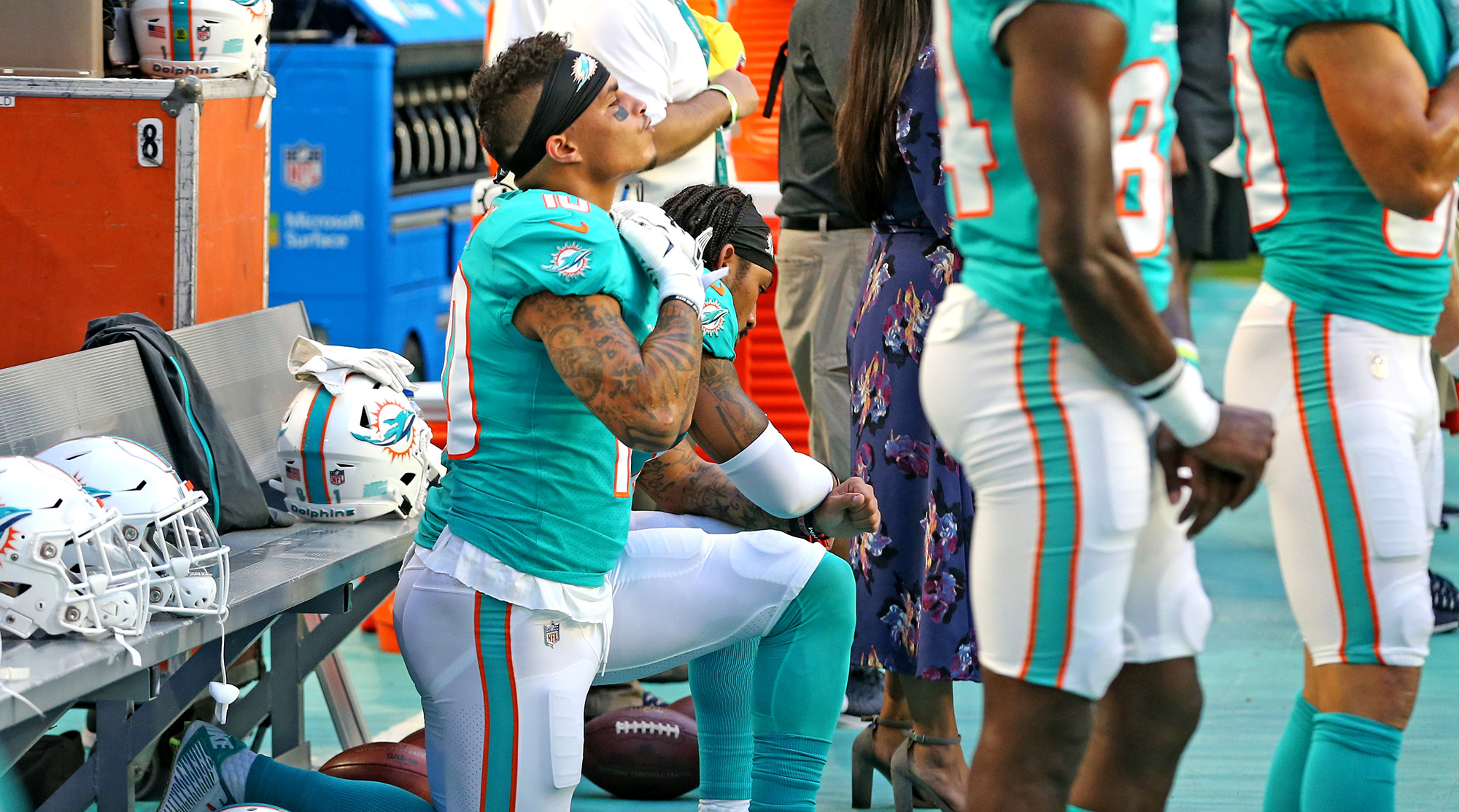 kenny-stills-dolphins-protests-police-tickets
