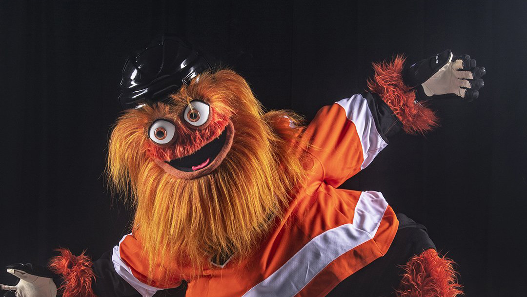 Philadelphia Flyers mascot 'Gritty' debuts (photos, video)