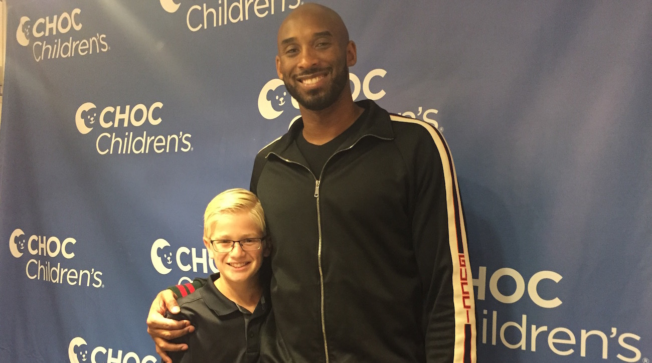 <p>Kid Reporter Carlo Vellandi and Kobe Bryant.</p>