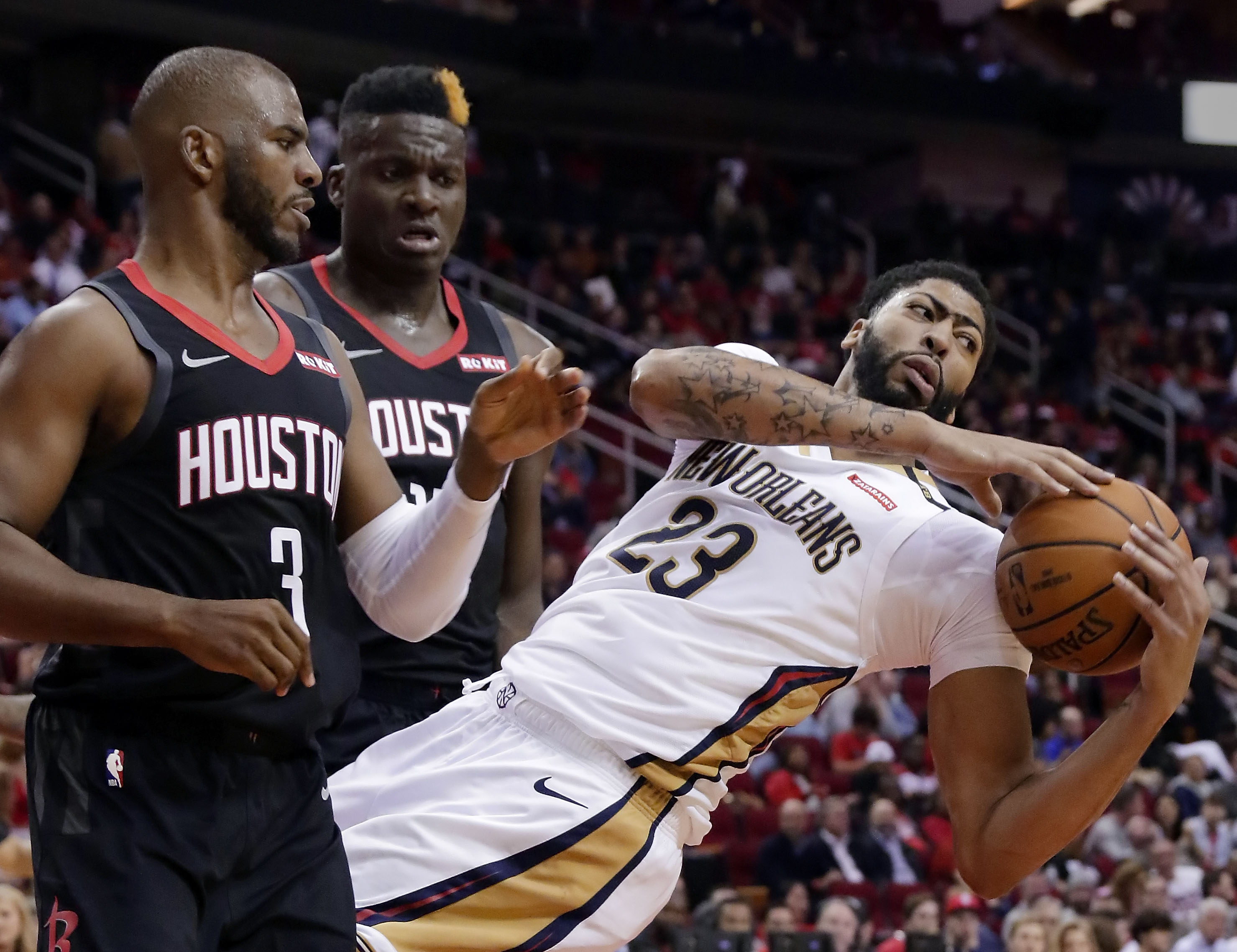 9710edb3f0d Anthony Davis Rumors  The looming war for the Pelicans star