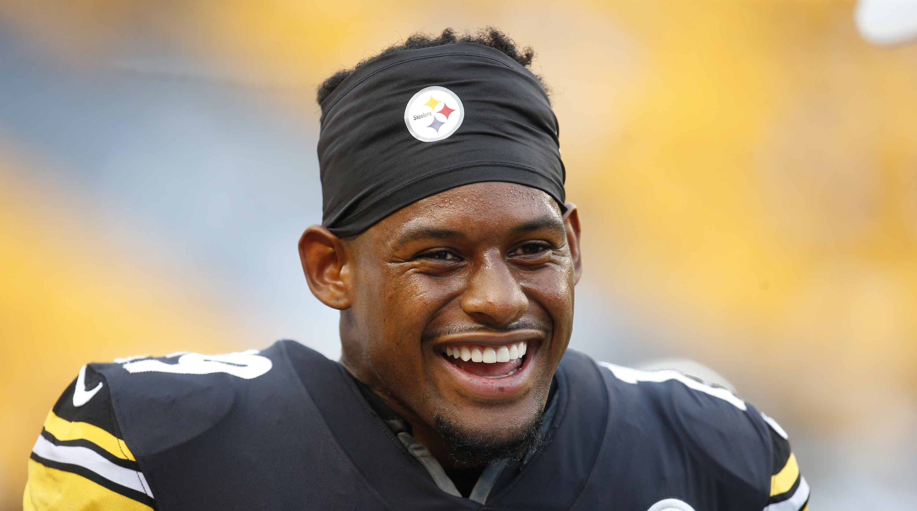e7c1dfb40a6 JuJu Smith-Schuster bought lottery tickets to bring back Le Veon Bell