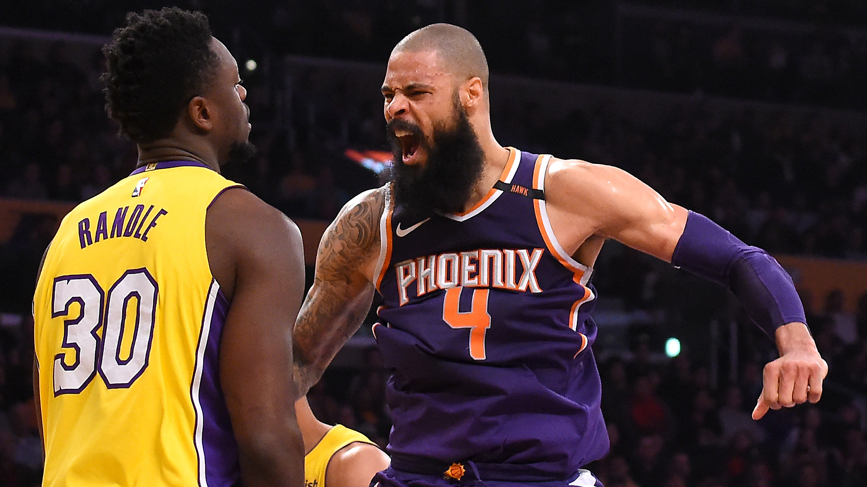 54de2cb0abd Tyson Chandler buyout: Lakers to sign Suns center | SI.com