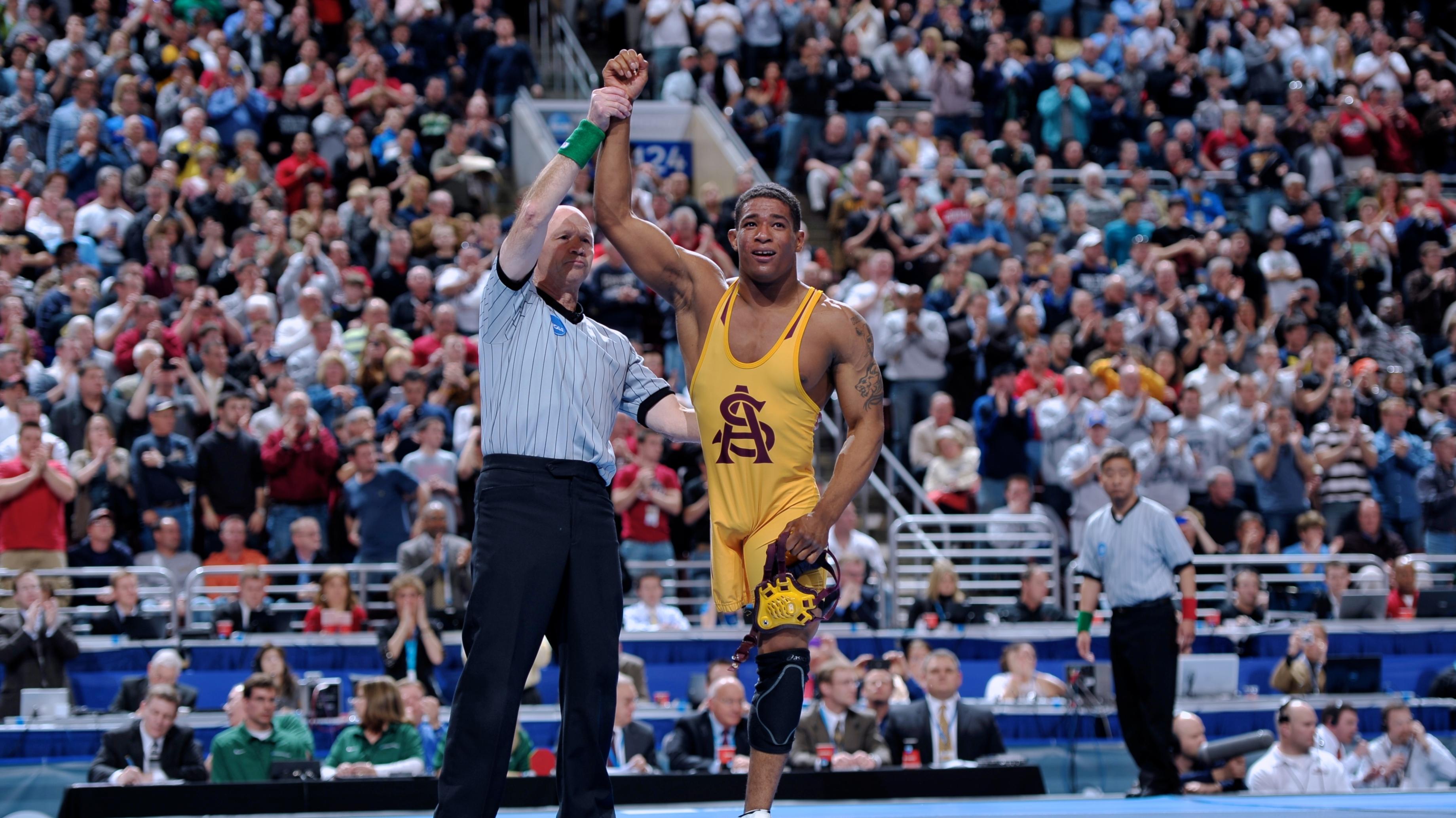 Anthony robles wrestler pull up