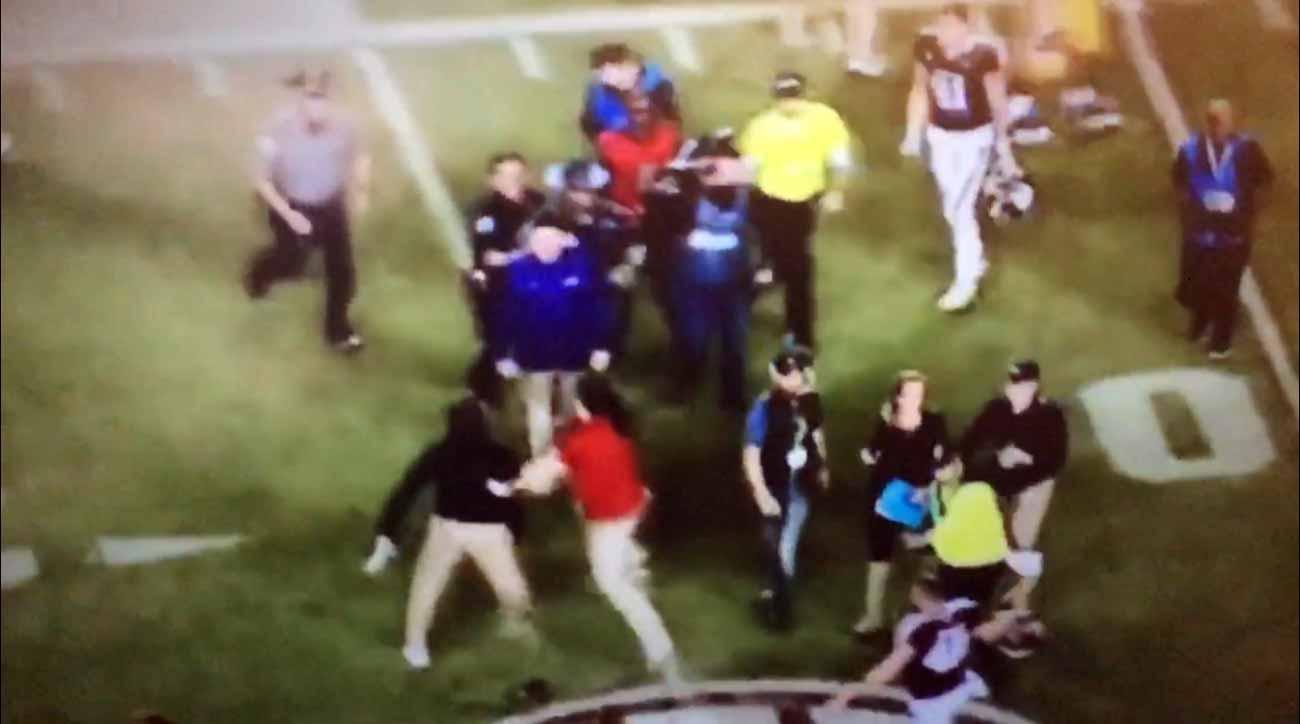 LSU-Texas A&M fight: Dameyune Craig, Cole Fisher near sideline in new video