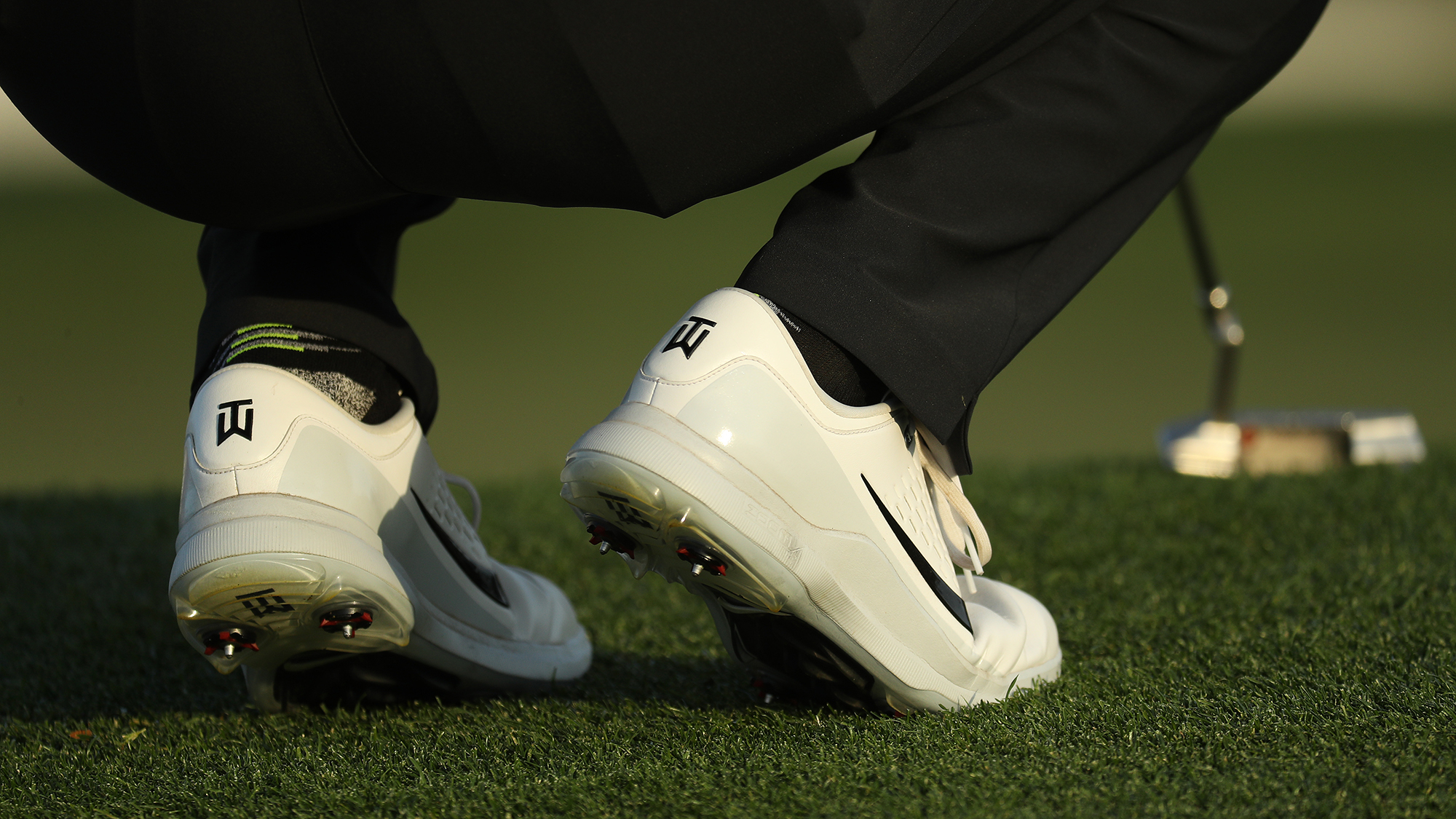 Tiger woods golf shoes hard metal spikes ankle