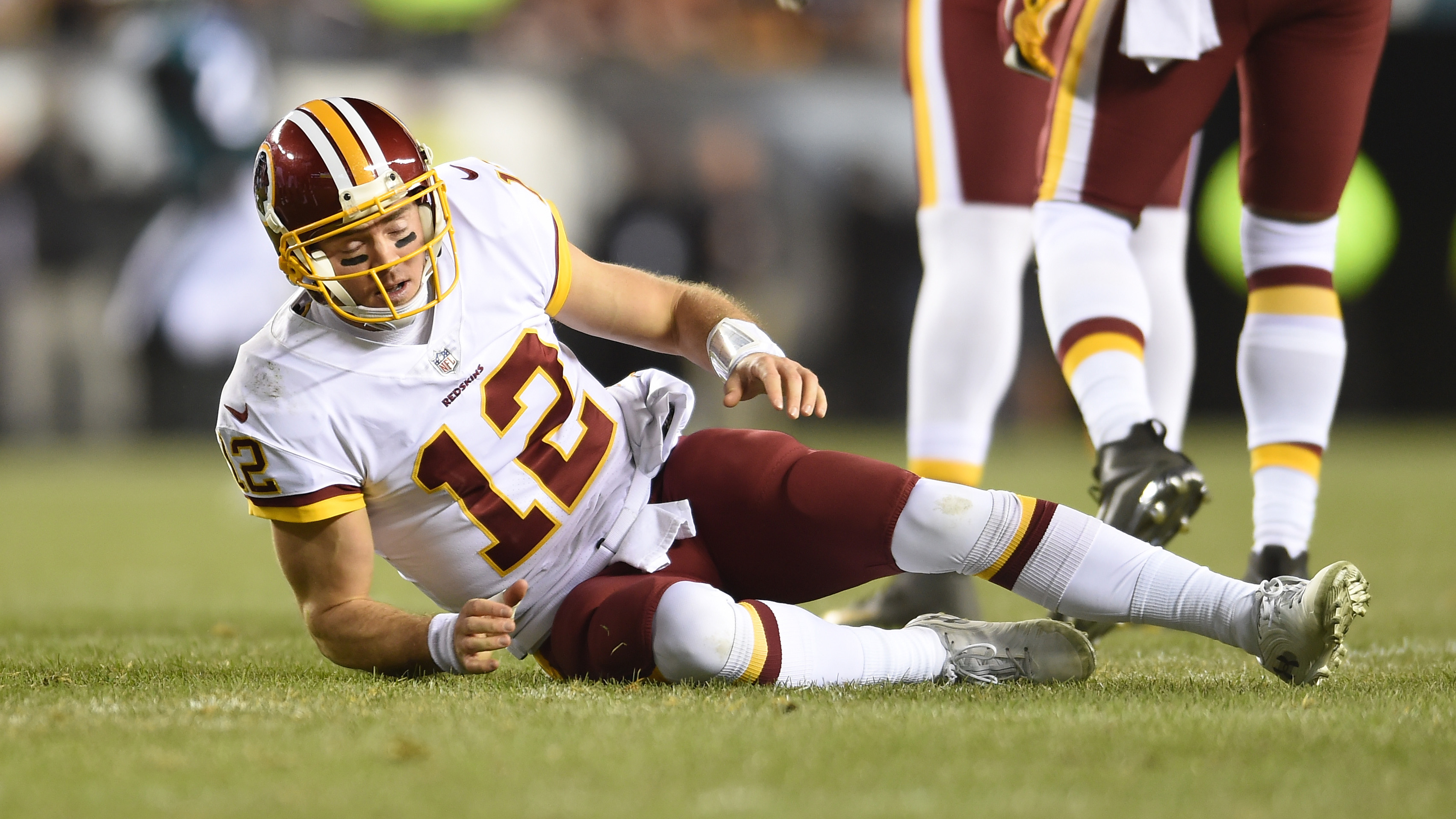 quality design 671ff 0dd02 Colt McCoy injury: Redskins QB stayed in game, completed two ...