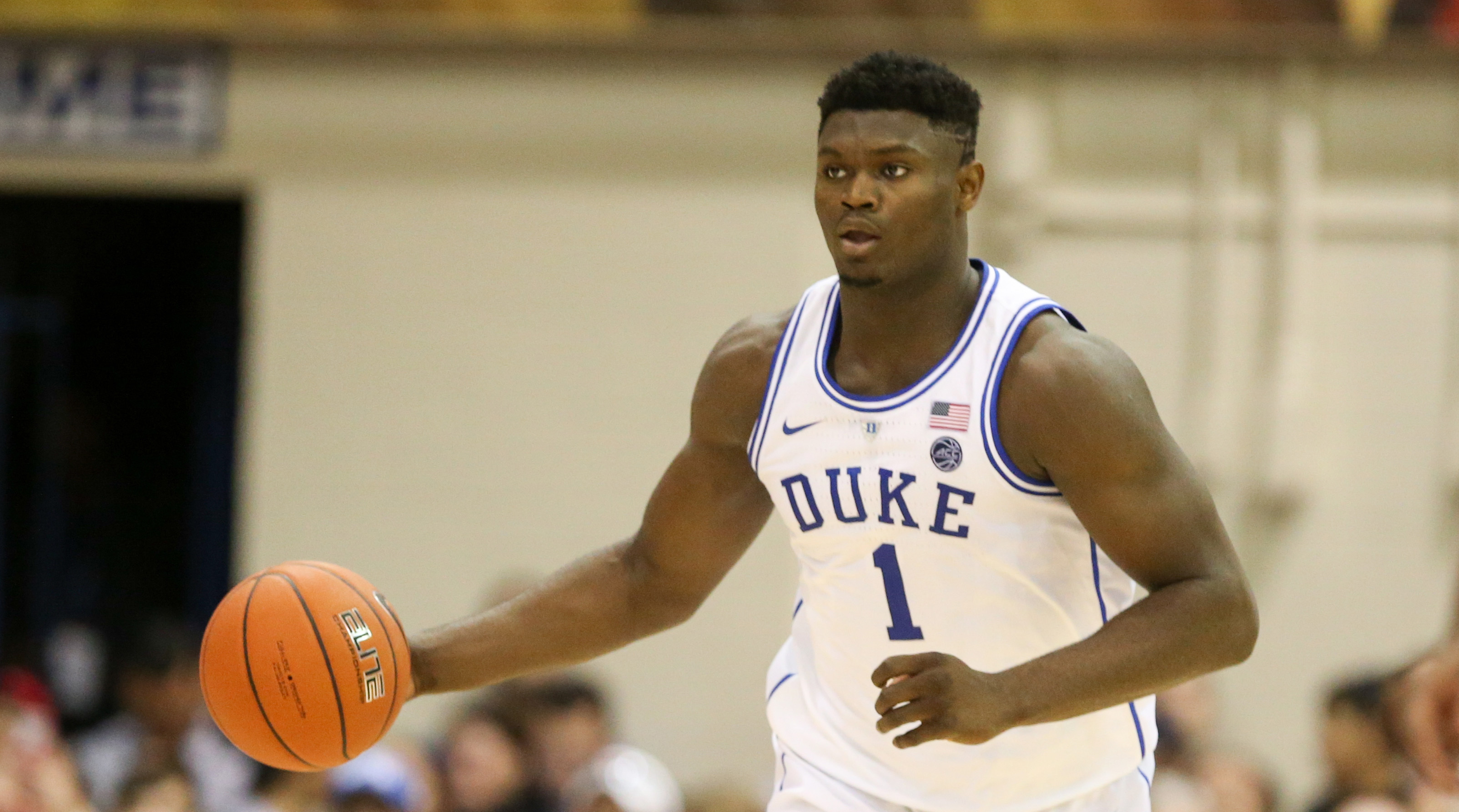 zion-williamson-charge-hit-jeep