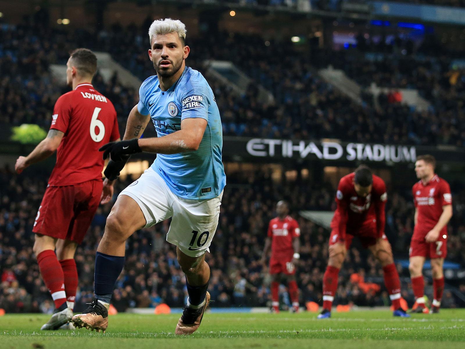 Sergio Aguero scores for Man City vs. Liverpool
