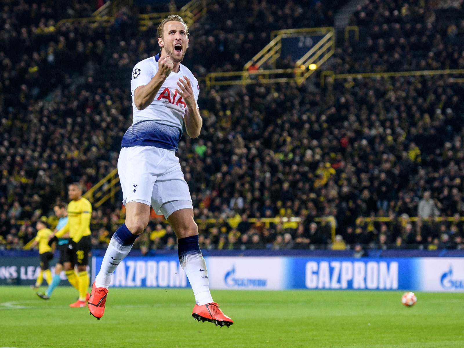 Harry Kane scores for Tottenham vs. Dortmund in the Champions League