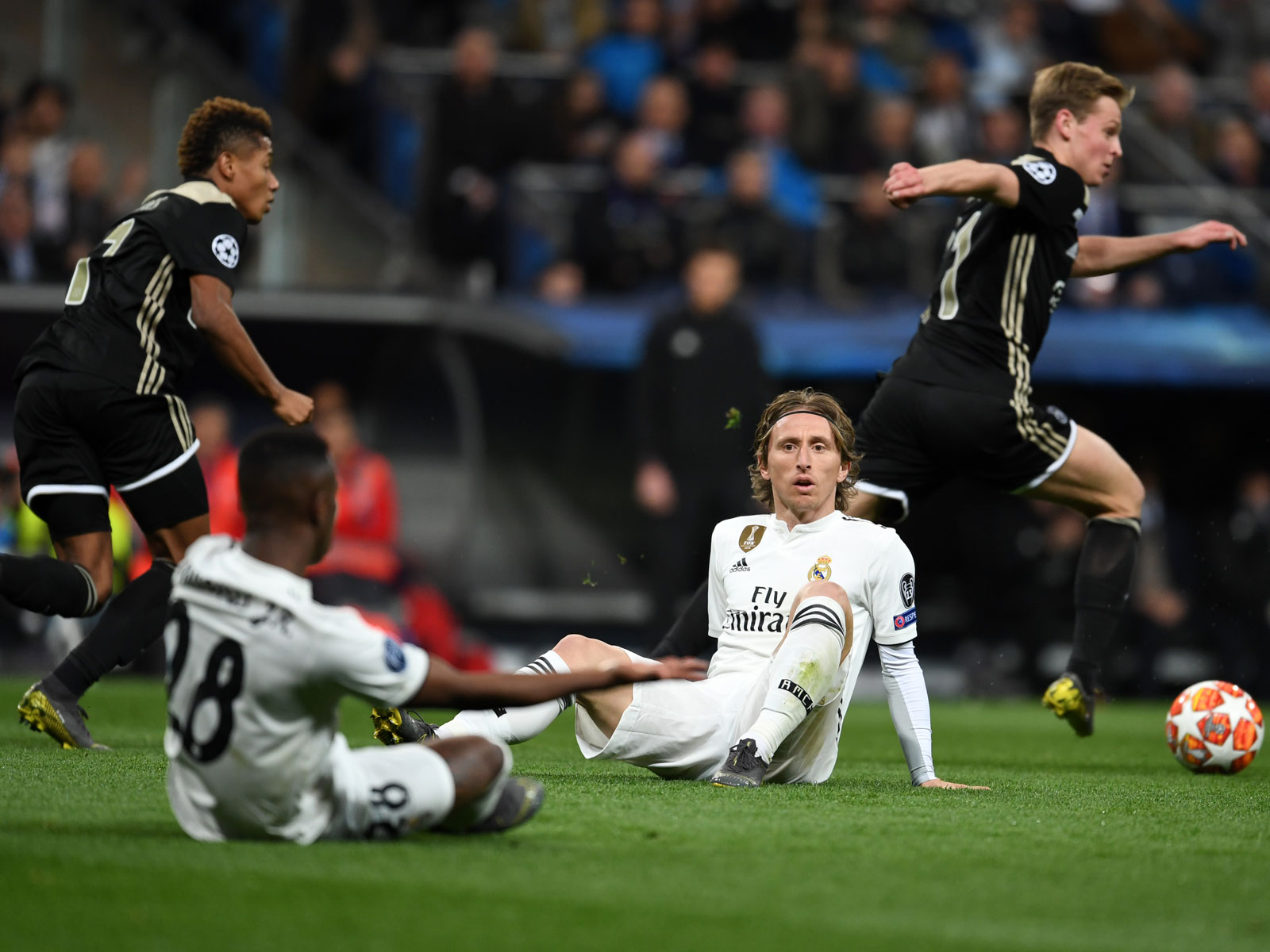 Ajax's Frenkie de Jong punishes Real Madrid in the Champions League