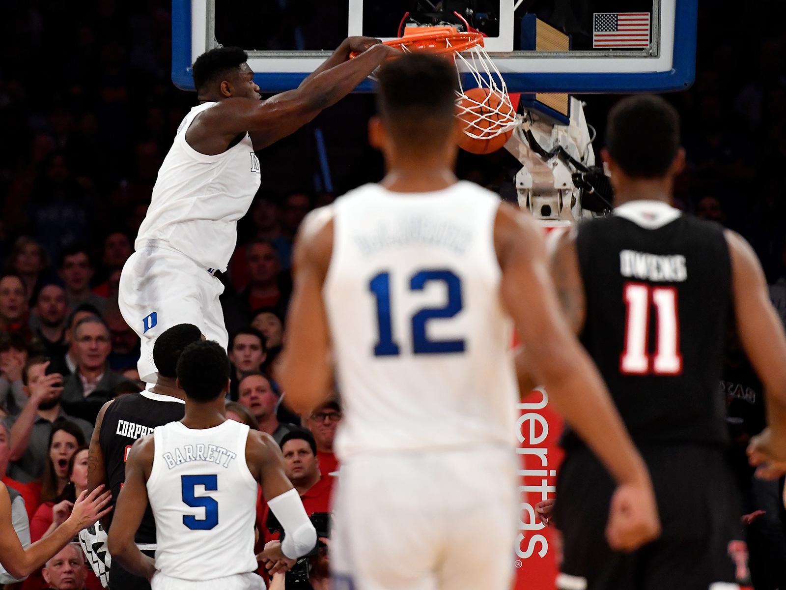Zion Williamson dunk vs. Texas Tech