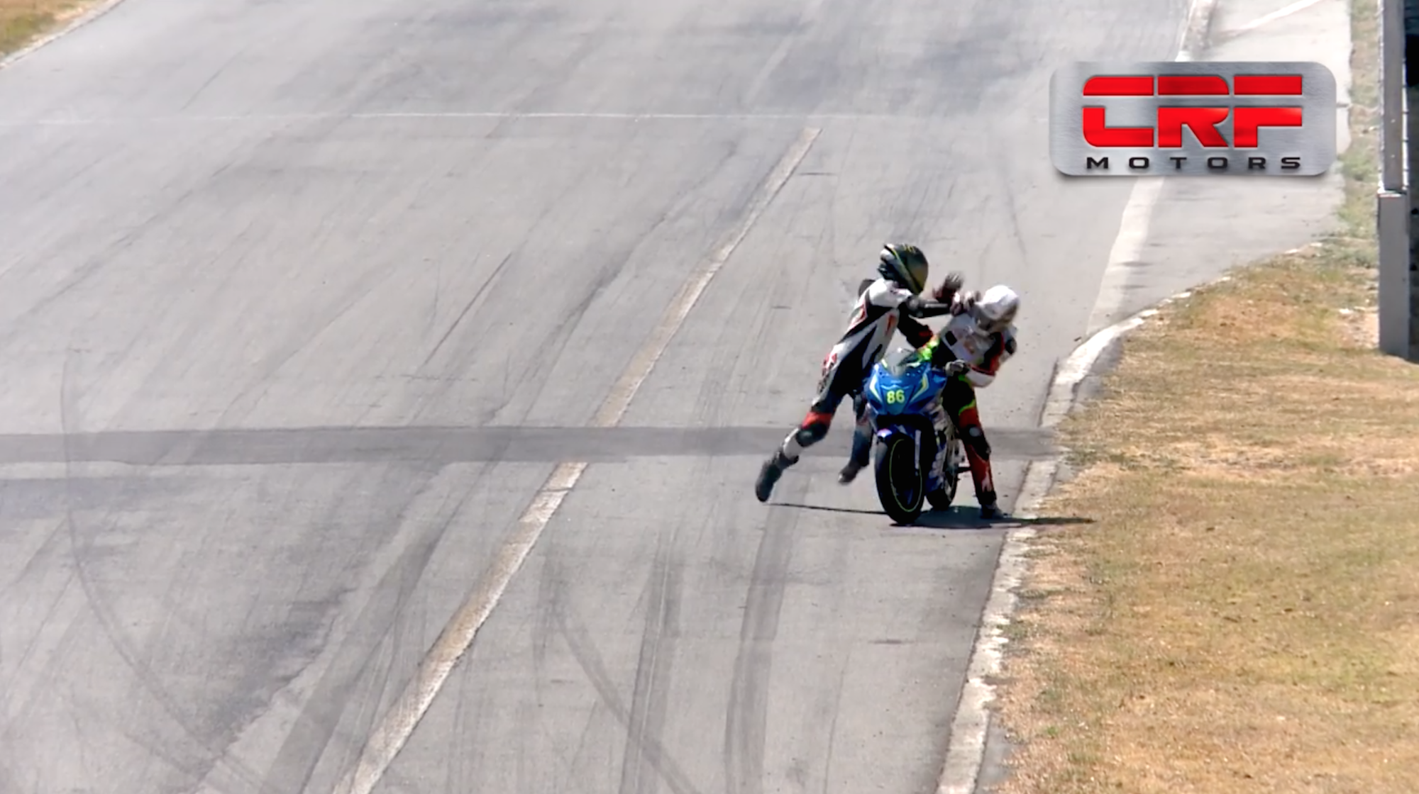 Costa Rica motorcycle fight video: Racers banned two years