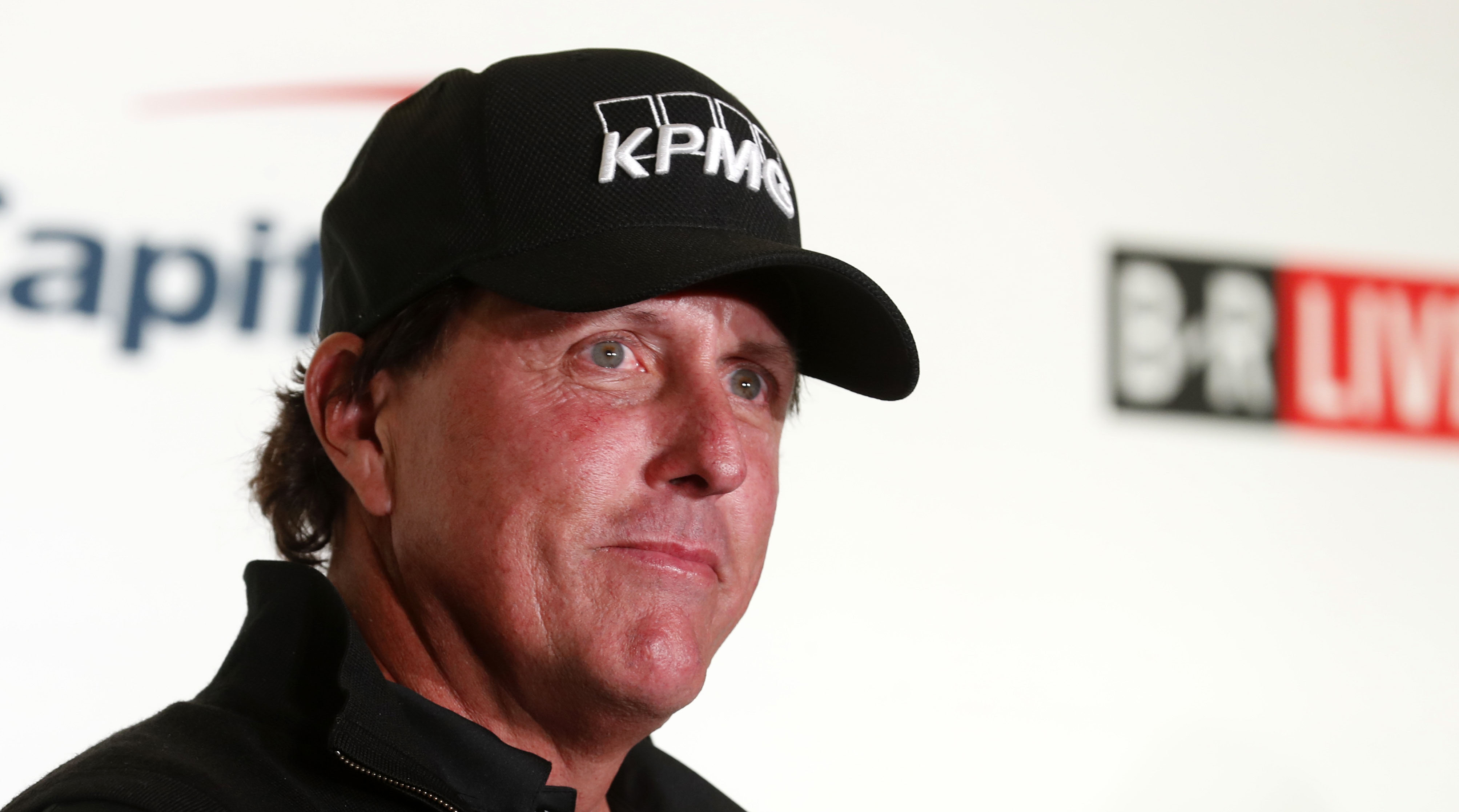 phil mickelson jake owen tiger woods match pay per view
