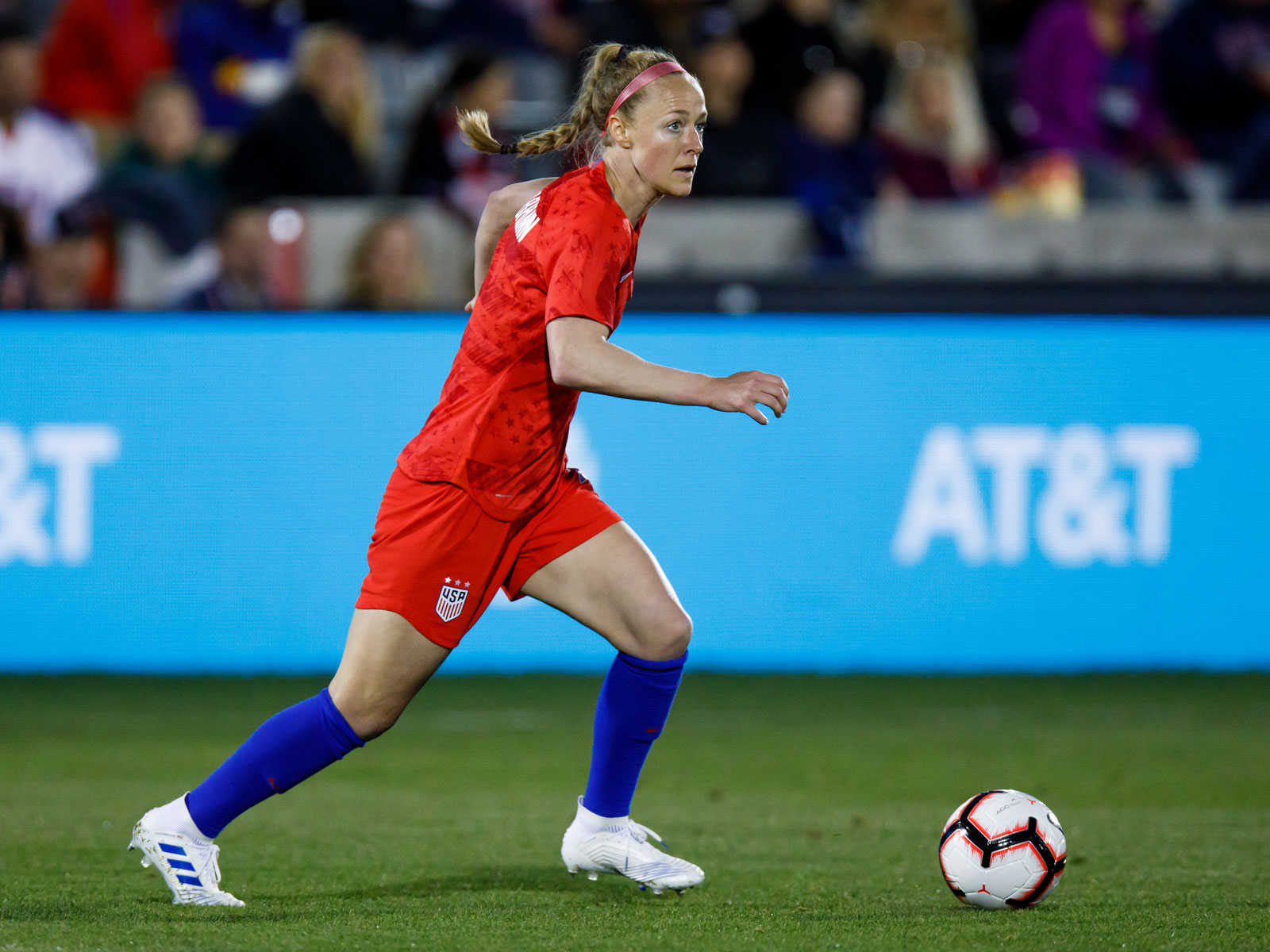 Becky Sauerbrunn leads the USWNT's defense